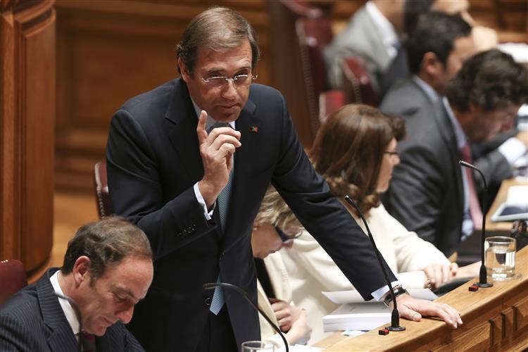 PM diz que se for reeleito propõe devolução de apenas 20% dos cortes salariais em 2016