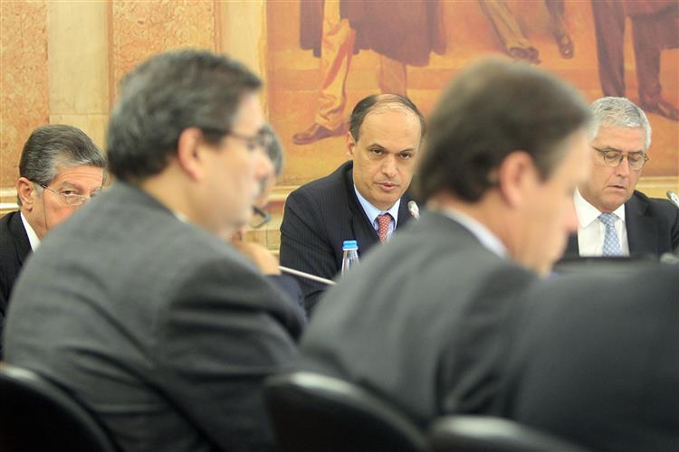 BES: Salgado pediu 'rating' para a ESI no Verão de 2012