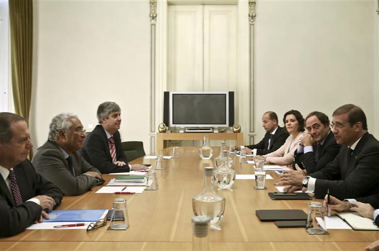 Reunião entre coligação e PS: Rutura à vista