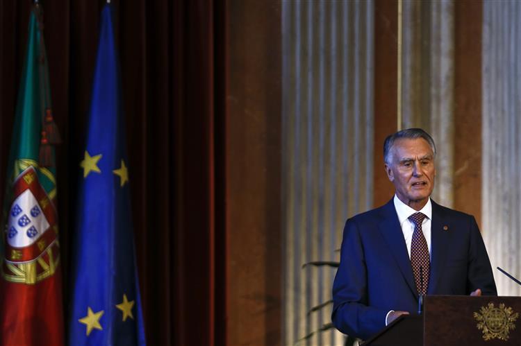 Cavaco defende que PR nomeie governador do BdP e alguns juízes do Constitucional