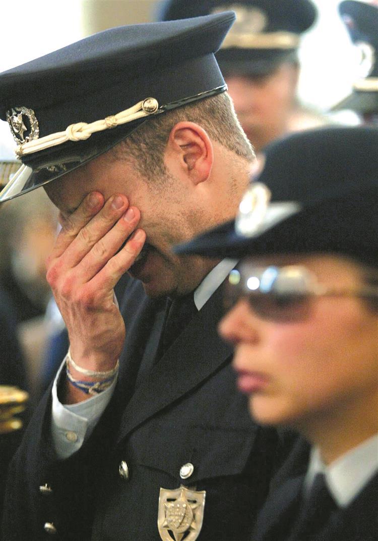 Polícias: 15 suicídios este ano