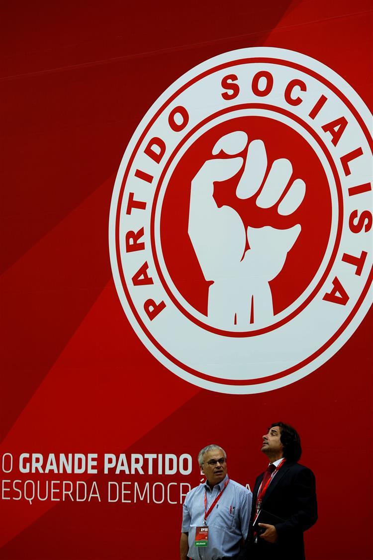 Syriza abre fracturas no PS