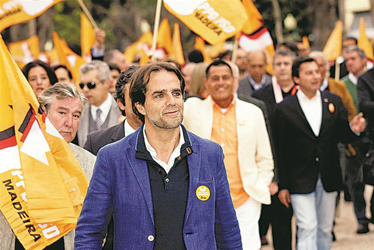 Madeira a votos para escolher 47 deputados
