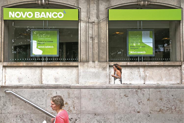 Novo Banco: Chineses da Anbang favoritos
