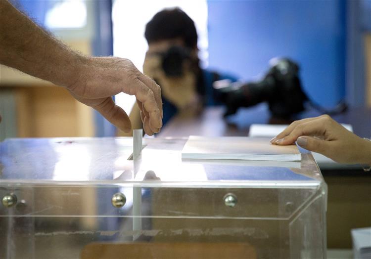 Grécia. Resultados oficiais apontam para uma vitória do 'Não'