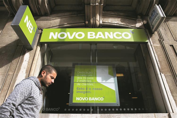 Venda do Novo Banco à Anbang falha. Começam negociações com Apollo
