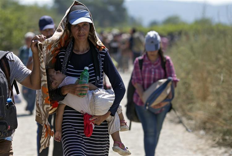 ONU pede distribuição de pelo menos 200.000 refugiados na UE por quotas obrigatórias