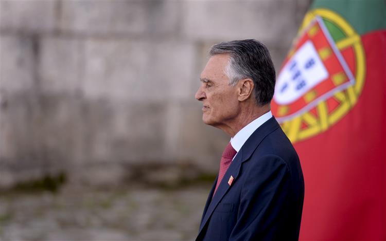 Cavaco adia sessão do ano judicial para depois das eleições