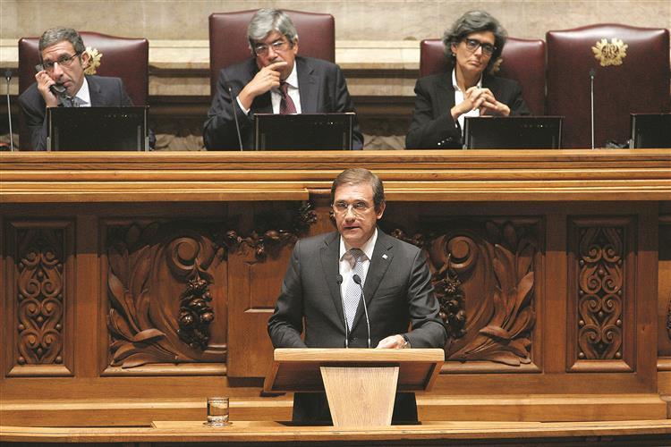 PSD quer prisão para políticos que mintam sobre rendimentos